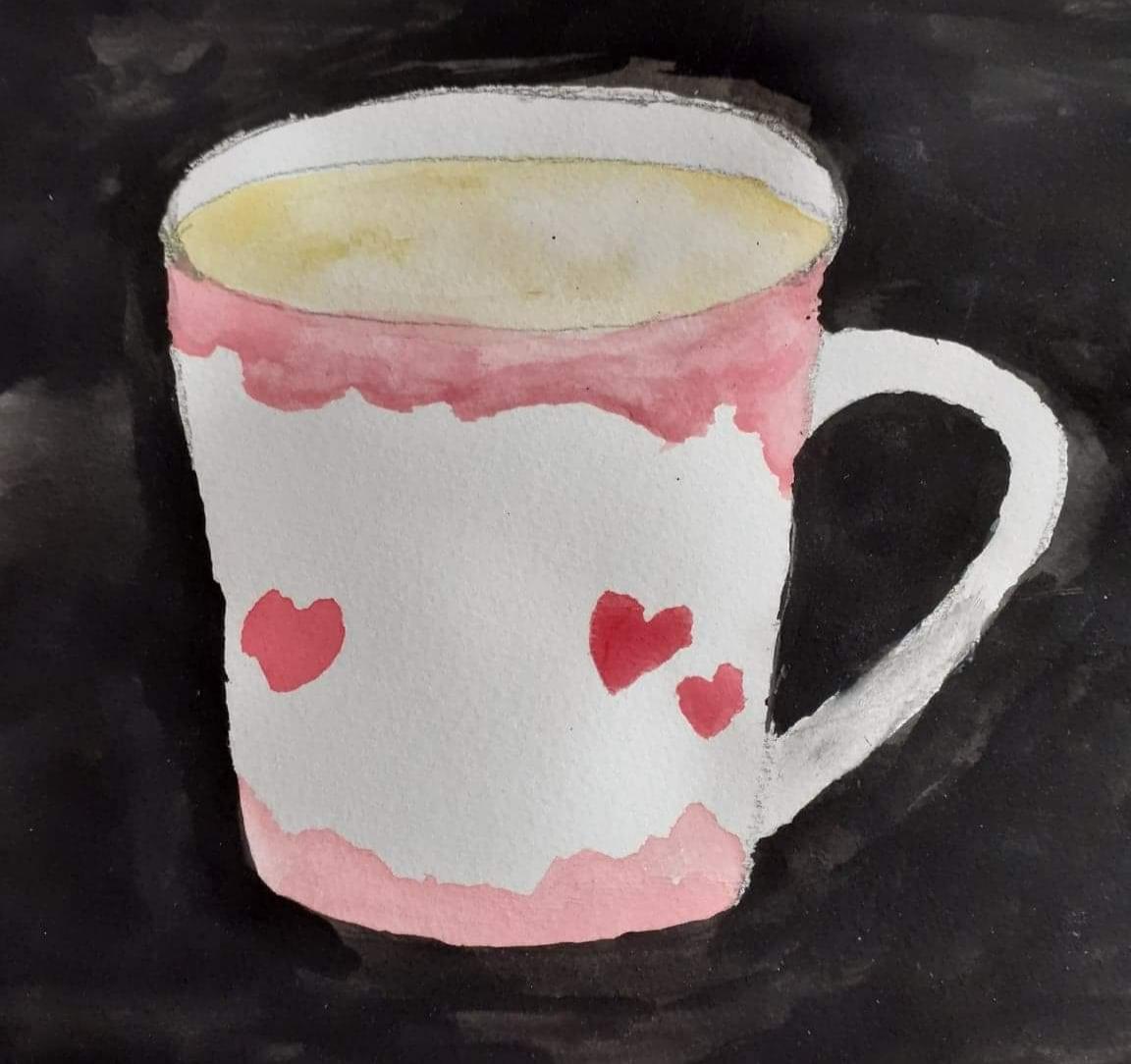 En bild i akvarell. Motivet är en kopp med hjärtan och rosa skiftningar, mot en svart bakgrund